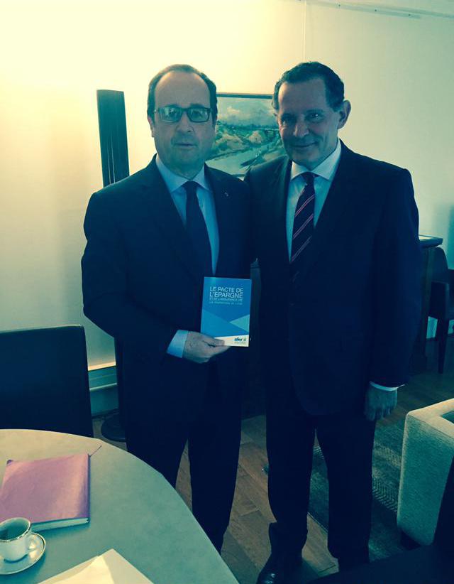 Remise du Pacte de l'Afer à François Hollande, Elysée
